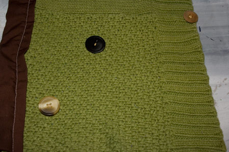 how_to_reuse_a_sweater_to_make_neck_warmer